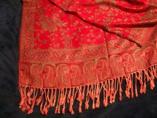 11-23 red shawl detail