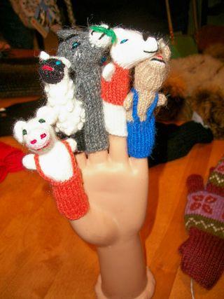 7-13 AL puppets