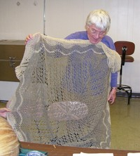 Nov_mary_shawl_1