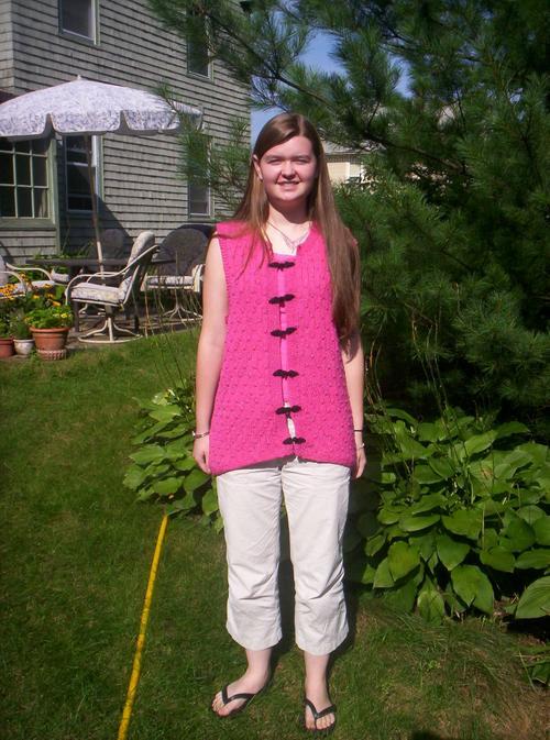 Kate/pink vest